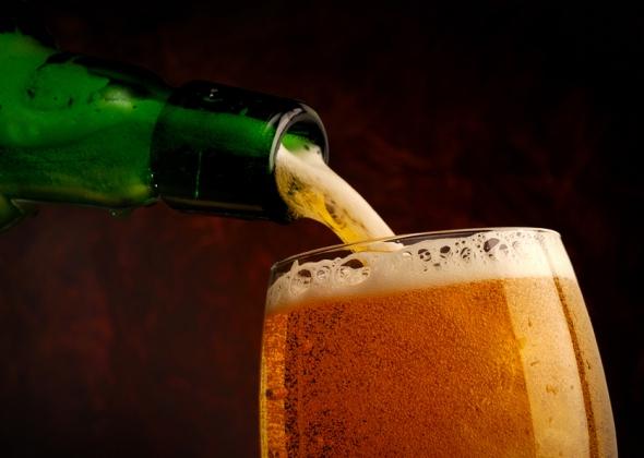 Как правильно наливать и пить азотное пиво?