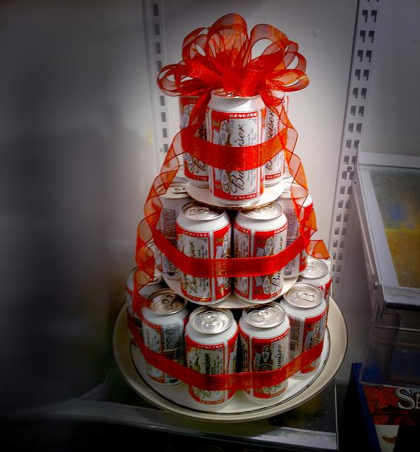 прекрасное пиво в виде торта фото работе
